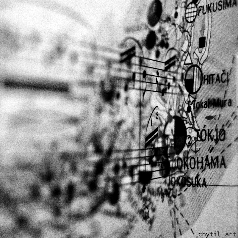 Follow the map – kombinace dvou fotografií – mapa Japonska a notový zápis (two photographs blended together, the map of Japan and sheetmusic)